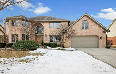 St. Charles Single Family Home For Sale: 2807 Turnberry Road