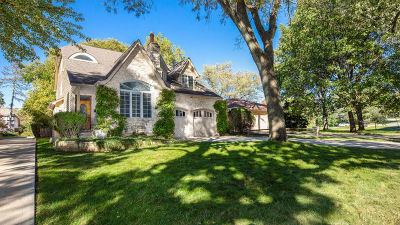 Clarendon Hills Single Family Home For Sale: 408 Ridge Avenue
