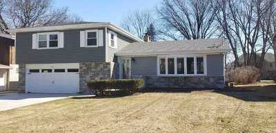 Arlington Heights Single Family Home Price Change: 1915 North Chestnut Avenue