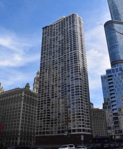 Condo/Townhouse Price Change: 405 North Wabash Avenue #2801