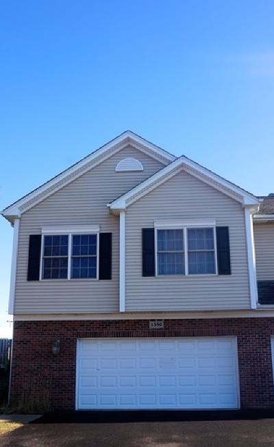 Palatine Condo/Townhouse For Sale: 1350 North Winslowe Drive
