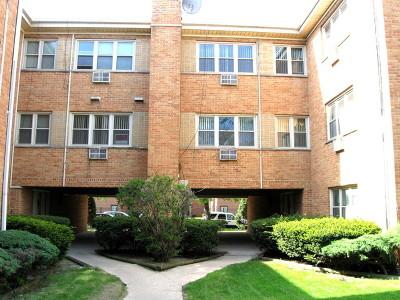 Condo/Townhouse For Sale: 2424 West Berwyn Avenue #303
