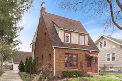 Elmhurst Single Family Home For Sale: 308 North Walnut Street