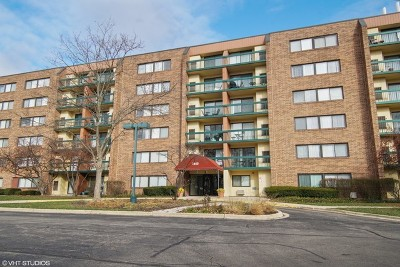 Hoffman Estates Condo/Townhouse Contingent: 1840 Huntington Boulevard #201