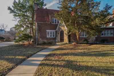 Bloomington Single Family Home For Sale: 1421 East Grove Street
