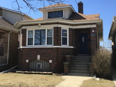 Elmwood Park Single Family Home For Sale: 2628 North 76th Avenue