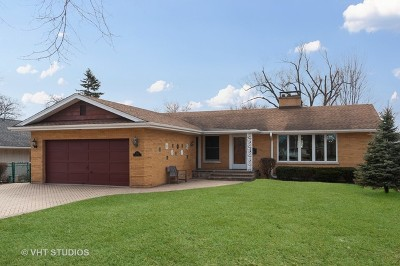 Glenview Single Family Home For Sale: 2225 Central Road