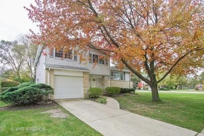 Arlington Heights IL Single Family Home New: $305,000