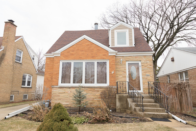 Elmwood Park Single Family Home For Sale: 1808 North 74th Court