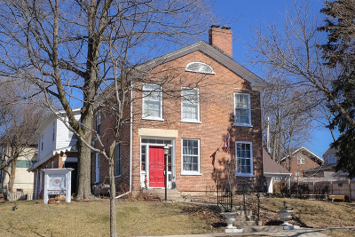 St. Charles Single Family Home For Sale: 304 Cedar Avenue