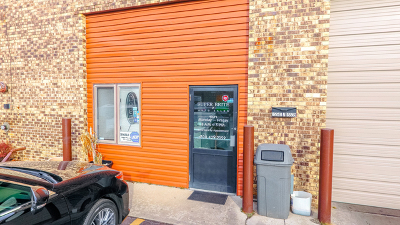 Tinley Park, Orland Park Commercial For Sale: 15541 South 70th Court
