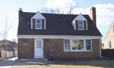 Elmwood Park Single Family Home For Sale: 1920 North 73rd Avenue