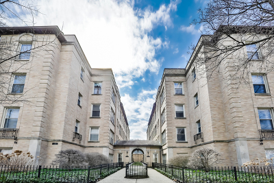 Andersonville Condo/Townhouse For Sale: 1733 West Balmoral Avenue #3B