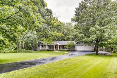 St. Charles Single Family Home For Sale: 4n579 Pheasant Run Drive