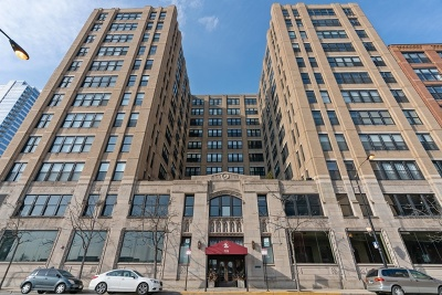 Condo/Townhouse New: 728 West Jackson Boulevard #221