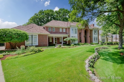 Wheaton  Single Family Home For Sale: 51 Muirfield Circle
