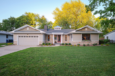 St. Charles Single Family Home New: 1124 Ash Street