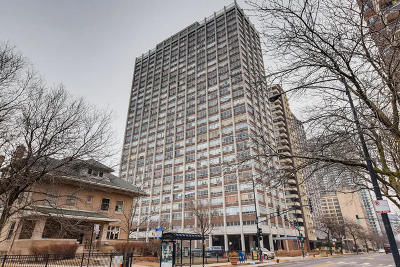Condo/Townhouse Price Change: 6171 North Sheridan Road #906