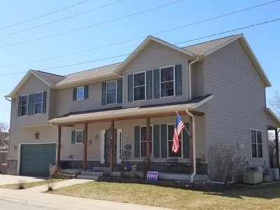 Northlake Single Family Home For Sale: 540 Geneva Avenue