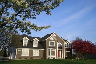 Batavia Single Family Home For Sale: 2s845 Volintine Farm Road