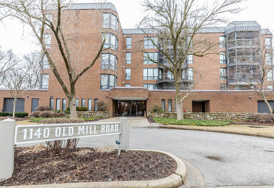 Hinsdale IL Condo/Townhouse New: $355,000