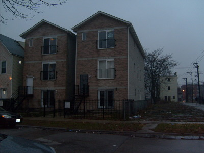 Cook County Condo/Townhouse New: 1218 South Tripp Avenue #3