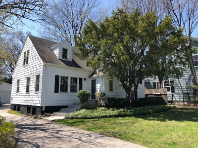 Lake Forest Single Family Home For Sale: 40 Washington Circle