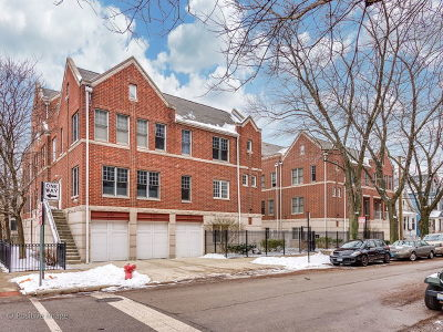 Condo/Townhouse New: 3957 North Hermitage Avenue #1