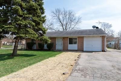 Bolingbrook Single Family Home For Sale: 349 Deerfield Drive