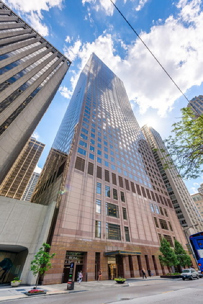 Streeterville, Gold Coast Galleria Condo/Townhouse For Sale: 161 East Chicago Avenue #38C