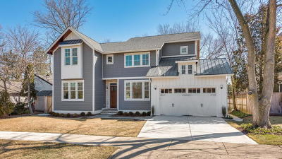 Northfield Single Family Home For Sale: 361 Dickens Street