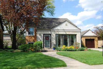 Elmhurst Single Family Home Price Change: 371 East Webster Avenue