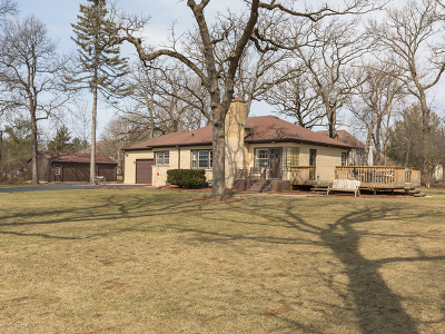 West Chicago Single Family Home For Sale: 475 West Hawthorne Lane