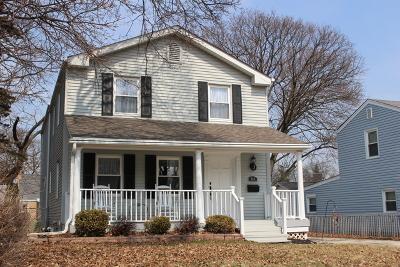 Roselle Single Family Home For Sale: 116 West Glenlake Avenue