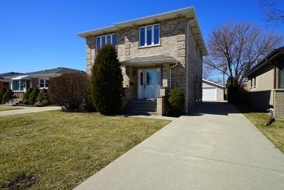 Norridge Single Family Home For Sale: 4848 North Overhill Avenue