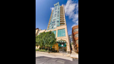 Condo/Townhouse For Sale: 60 West Erie Street #1701