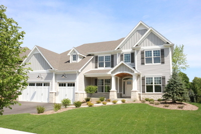 St. Charles Single Family Home For Sale: 2932 Majestic Oaks Drive