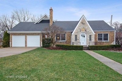 Downers Grove Single Family Home For Sale: 4833 Stanley Avenue