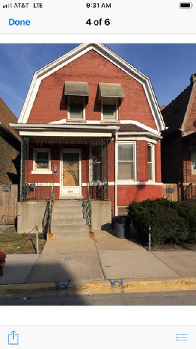 Single Family Home For Sale: 3435 North Kedzie Avenue