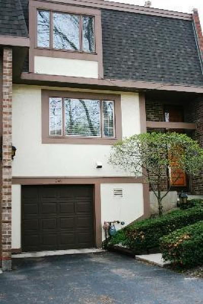 Wilmette Condo/Townhouse For Sale: 240 Charles Place