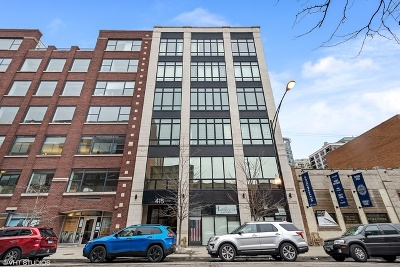 Condo/Townhouse For Sale: 415 West Superior Street #200