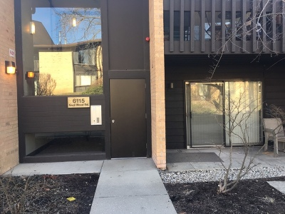 Willowbrook Condo/Townhouse For Sale: 6115 Knoll Wood Road #102