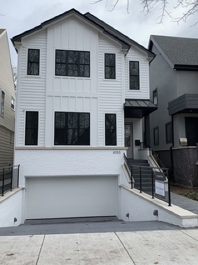 Single Family Home For Sale: 4155 North Paulina Street
