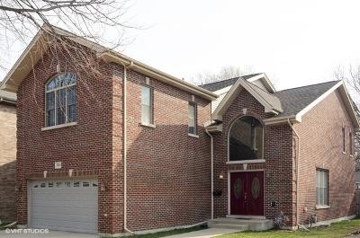 Morton Grove Single Family Home For Sale: 7905 Linder Avenue