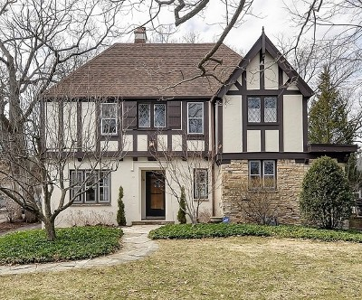 Highland Park Single Family Home For Sale: 40 Lakeside Place