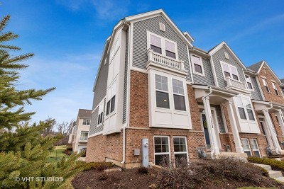Streamwood Condo/Townhouse Contingent: 1222 Tuscany Drive