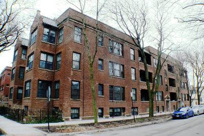 Condo/Townhouse For Sale: 6257 North Greenview Avenue #2