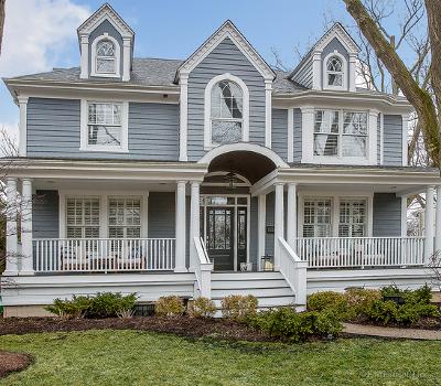 Glen Ellyn Single Family Home For Sale: 379 Maple Street