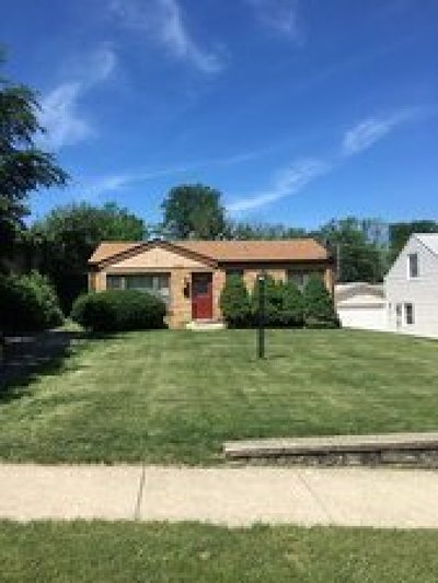 Downers Grove Single Family Home For Sale: 5702 Lyman Avenue