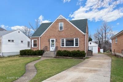 Elmhurst Single Family Home For Sale: 364 West Hillside Avenue